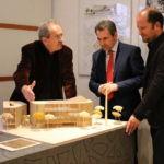 Im Münchner Forum für Islam mit Imam Idriz (Mitte) und dem Architekten